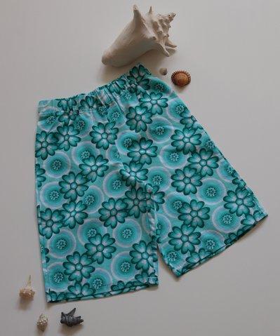 Bermuda bimbo e bimba, in puro cotone, fantasia floreale; fatti a mano.