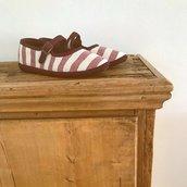 Scarpe in Lino Naturale a Righe con Chiusura a Clip