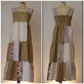 Vestito patchwork da donna, in lino e cotone; fatto a mano.