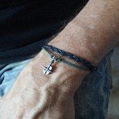 Bracciale da uomo *treccia nera* e pendente in metallo