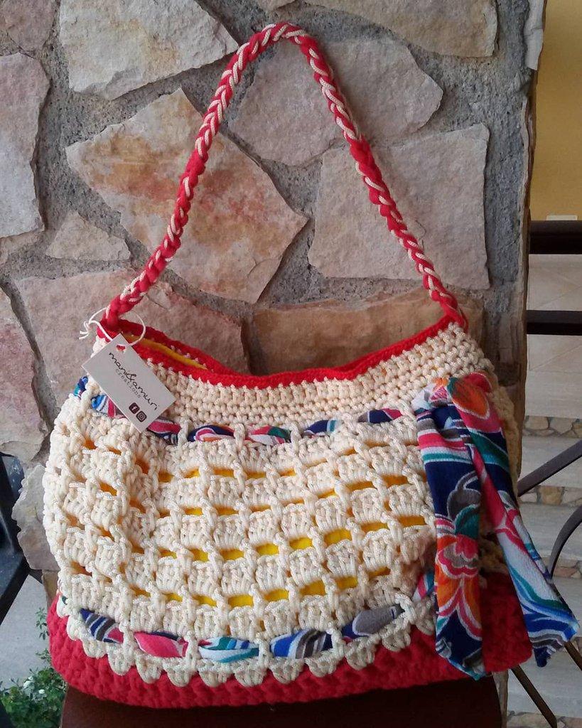 Borsa in cordino,fettuccia, cotone e stoffa