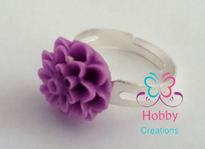 Anello regolabile con fiore in resina  Lilla / Viola - Prodotto artigianale