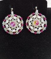 Orecchini Biancaneve.  White earrings