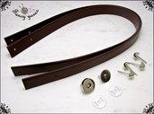 Kit per borsa fai da te: 2 Manici 65 cm. in similpelle marrone, 4 piedini e 1 chiusura calamita, colore argento