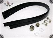Kit per borsa fai da te: 2 Manici 65 cm. in similpelle nera, 4 piedini e 1 chiusura calamita, colore argento