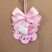 Capoculla rosa fatto a mano in fimo per carrozzina o lettino da neonato. Idea regalo.