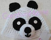 Cappello Panda realizzato all'uncinetto per neonato 0/3 mesi
