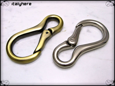 Moschettone portachiavi/multiuso per abbigliamento, disponibile in 2 colori: argento e ottone