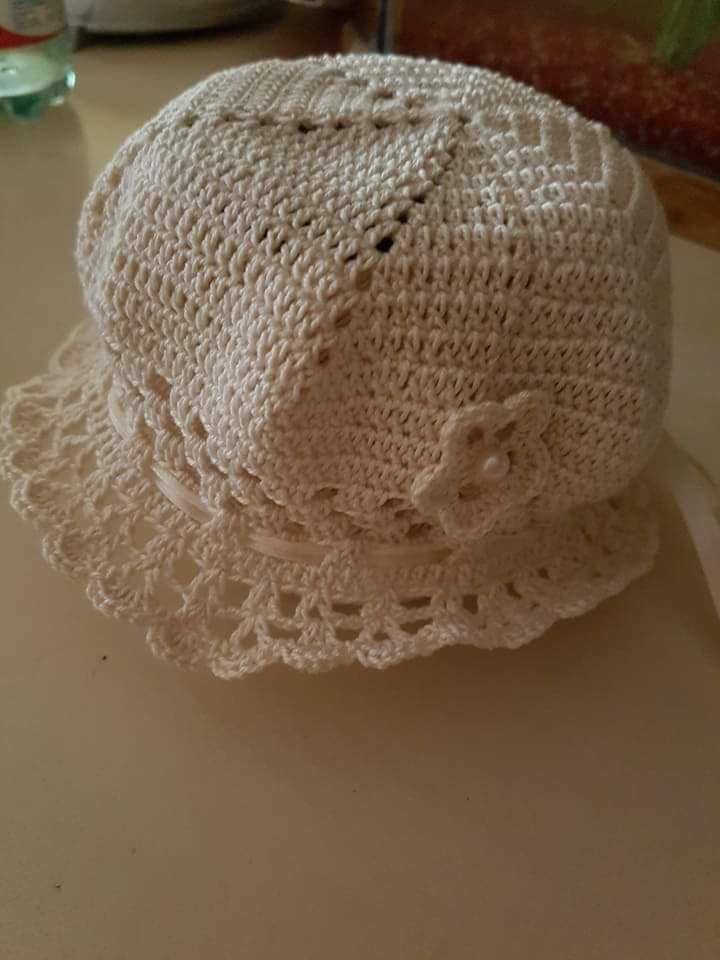 Cappellino e scarpine filo