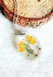 Collanina girocollo ciondolo in resina con fiori gialli