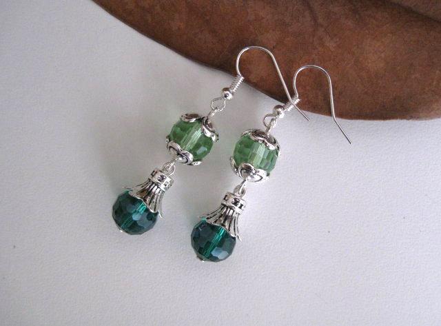 Orecchini di cristallo color verde peridot