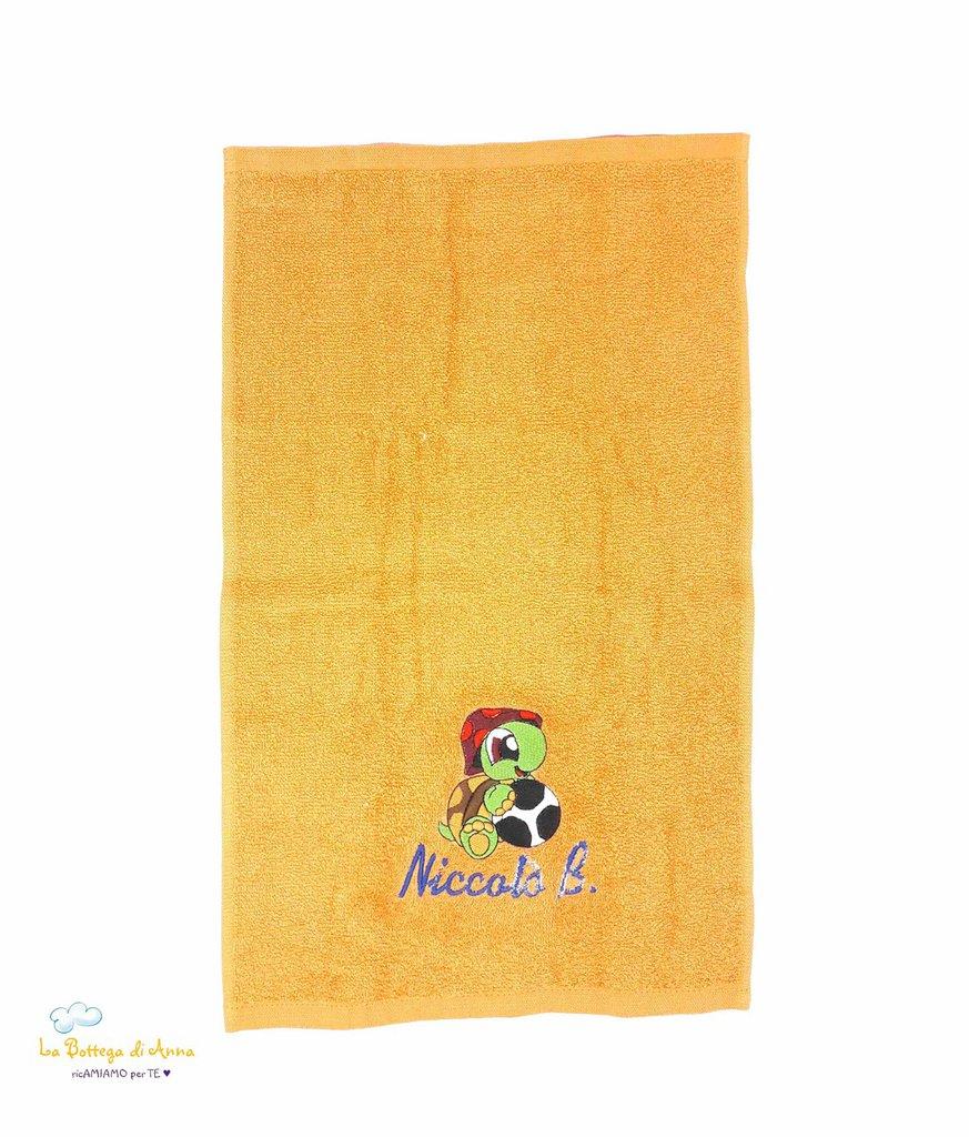 Asciugamano in spugna di cotone color arancione, con ricamo Tartaruga personalizzato con nome - Misure: 30 x 30 cm