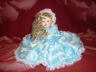 "Bambola ""ROMINA"" in porcellana bisquit"