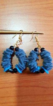 Orecchini pendenti in feltro grigio-blu