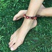 Cavigliera all'uncinetto con pietre dure e perline legno