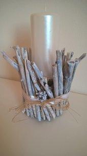 Porta candela shabby con legni di mare