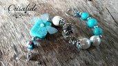 Bracciale crisalide pasta di turchese perle bianche farfalla eterea fatto a mano