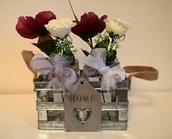 Set vasetti con fiori decorativi