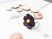 Anello handmade con fiore in feltro e pietra dura di avventurina