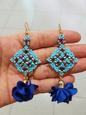 Orecchini Blue con nappine