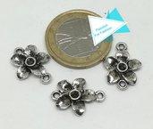 3 piccoli connettori a fiore 3d, argento tibetano