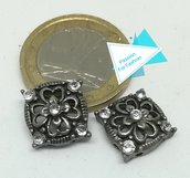 Perla divisoria quadrata, color argento anticato