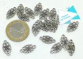 18 Connettori con motivo floreale di forma ovale
