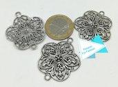 Grande connettore a fiore, argento tibetano