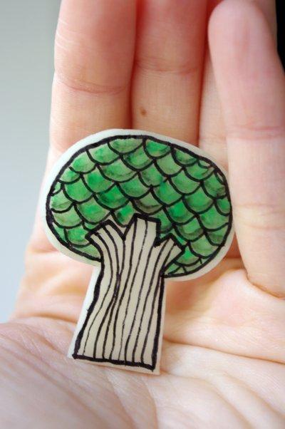 Broche ilustrado Árbol