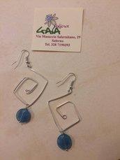 Orecchini tecnica wire con pendente in agata azzurra