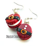 Natale in Dolcezze - Orecchini cintura di babbo natale macarons - miniature - idea regalo kawaii