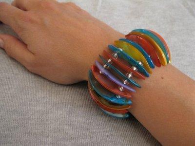 Bracciale elastico madreperla colorata