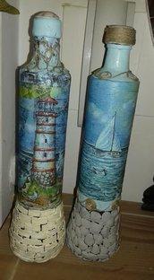 Bottiglie  decorata fatta a mano
