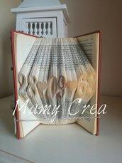 Libro Decorato fatto a mano.