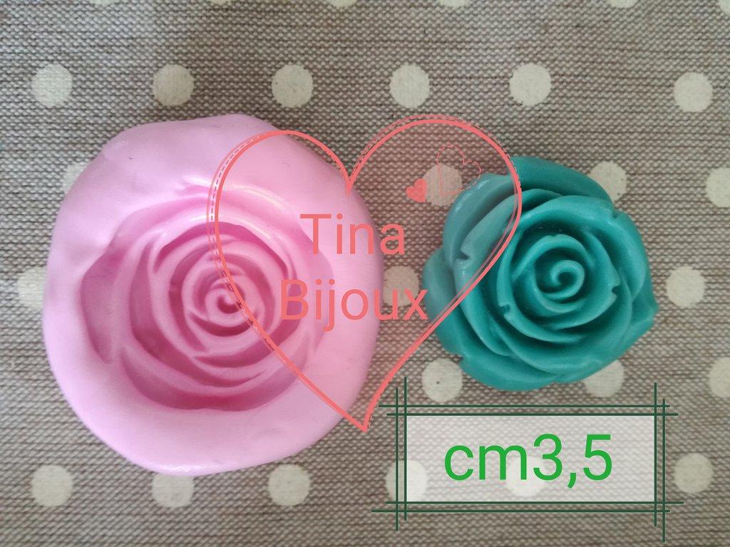 Stampo rosa in gomma siliconica