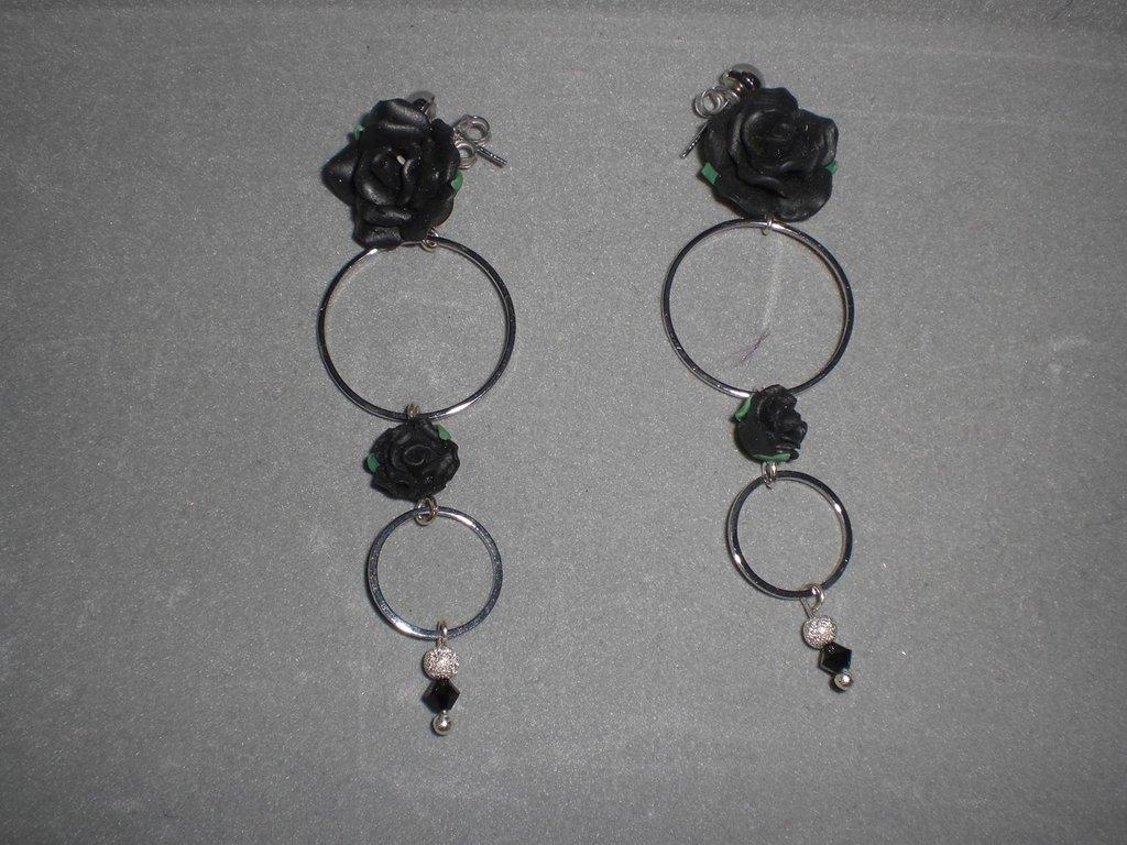 orecchini con rose...