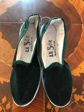 Scarpe o Pantofole in Velluto Verde