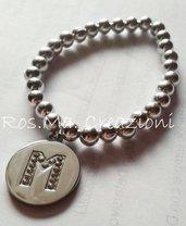 Bracciale elastico con perline in acciaio e ciondolo iniziale del tuo nome! Fatto a Mano!