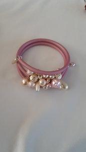 Bracciale filo armonico con perle di majorca rosa e panna