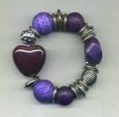 Bracciale elastico nei toni del viola con cuore in ceramica