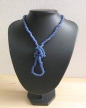 Collana con perle in pasta di vetro anni 70-80 fatte a mano.