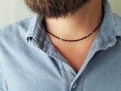 Collana uomo artigianale e sottile, con pietre di ematite e rubino. Fatto a mano in Italia