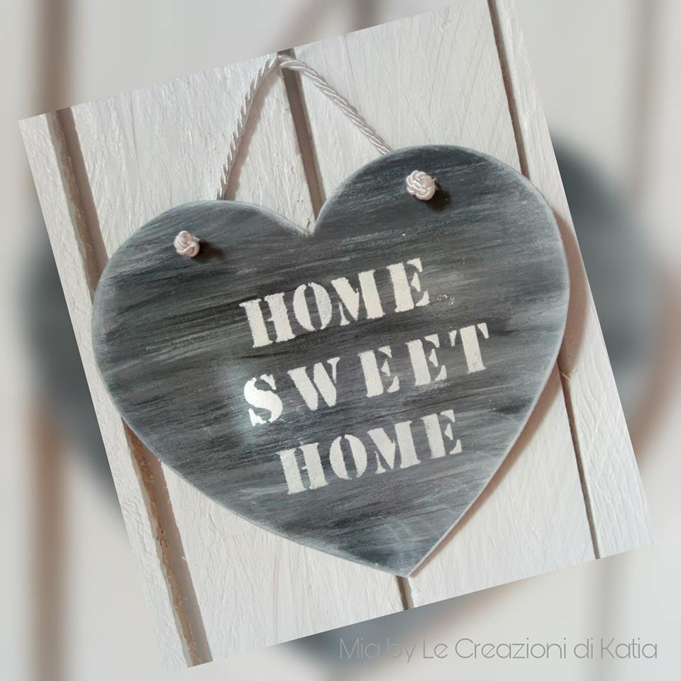 Home sweet home in legno