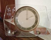 Orologio da tavolo anni 30 con quadrante in vetro