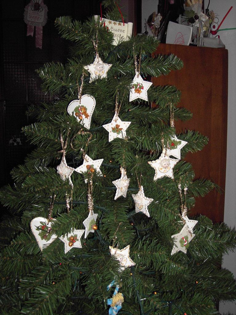Addobbi per l 39 albero di natale con stelle e cuori in pasta - Addobbi di natale per la casa ...