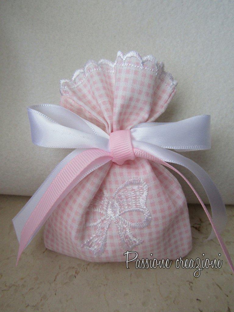 Sacchetto per confetti bimba con ricamo