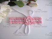 Fascetta per capelli fiore rosa neonata all'uncinetto