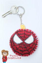 Portachiavi spiderman in pannolenci