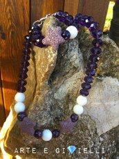 Collana e bracciale viola e bianco