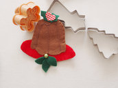 DECORAZIONE di NATALE.Dolce Italiano (pandoro)decorato con pungitopo.FELTRO.Spilla,gioco,regalo originale.Segnaposto,oggetto da collezionare